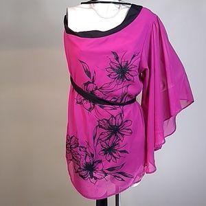NWT Torrid one shoulder pink floral kimono